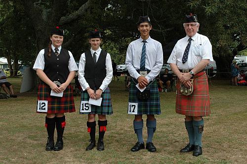 2016 Prize winners C Grade Piobaireachd. Left to right: Stella Dobbs 3rd, Anita Bentley 2nd, Tim Chia 1st with Mr Mervyn Appleton judge.